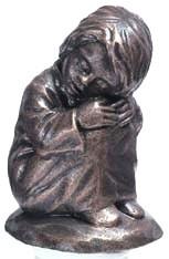 Träumerin - Bronzefarbener Steinguss