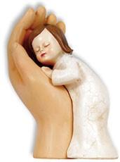 """Skulptur """"Mädchen in Hand"""" - farbig"""