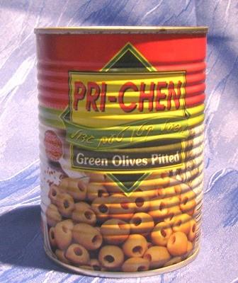 grüne Oliven - entsteint